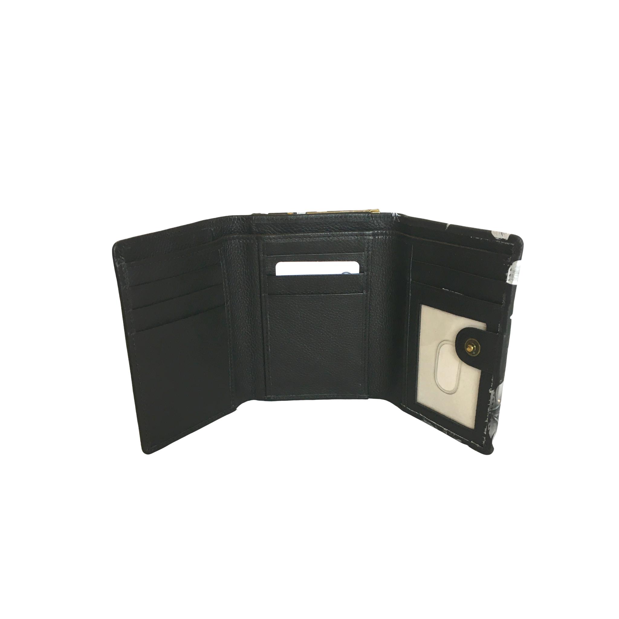 Anuschka small triple fold wallet with RFID 1138 clp
