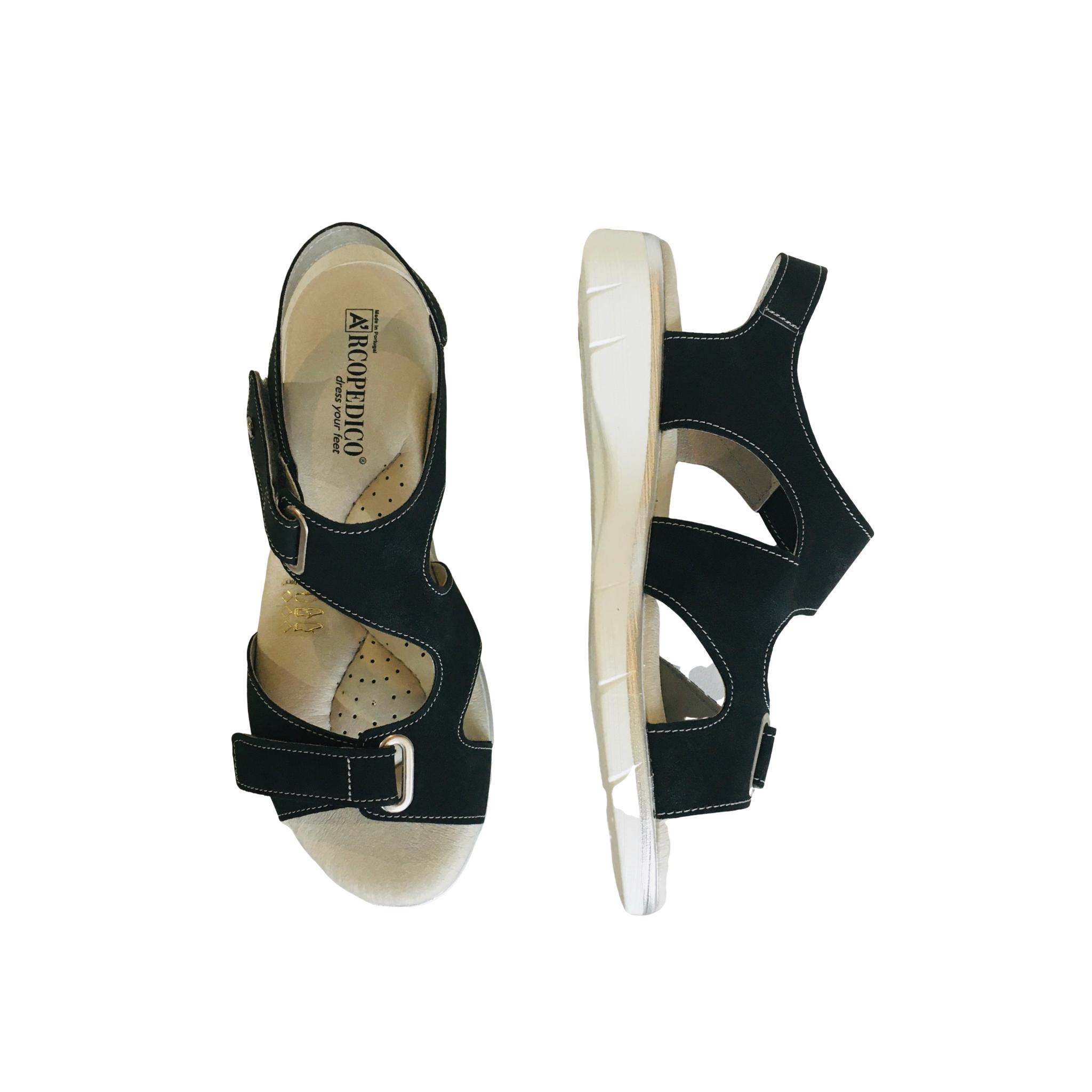Arcopedico SCREAM with white sole