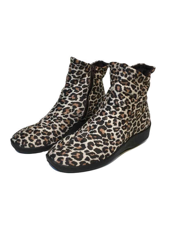 Arcopedico L19 LIMITED EDITION leopard