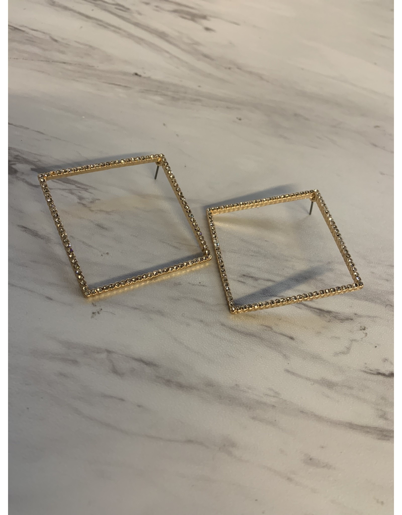 IZYDOR SQUARE EARRING