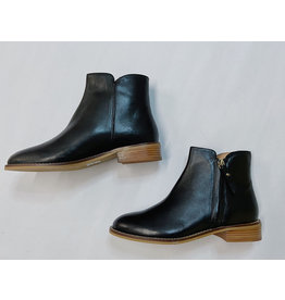 CREVO FOOTWEAR EILEEN LEATHER BOOT