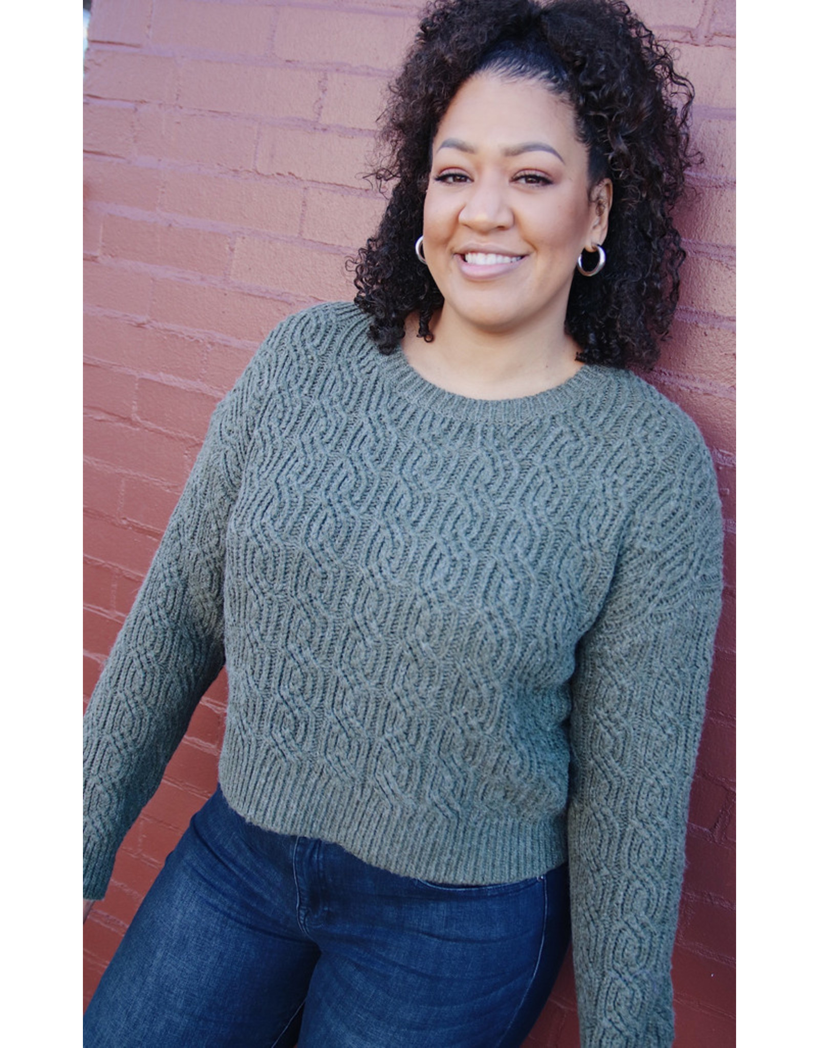 VADIN CABLE KNIT SWEATER