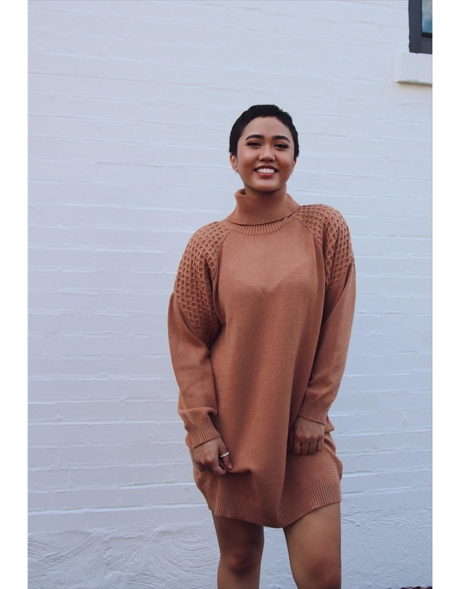 BB DAKOTA LITTLE WING DRESS