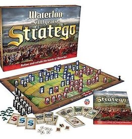 PLAYMONSTER Stratego Waterloo