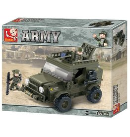 Sluban Armoured Vehicle (221 pieces)