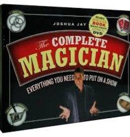 Workman Publishing Co COMPLETE MAGICIAN