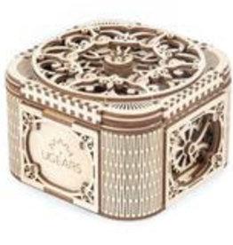 UGEARS Wooden Treasure Box Model Kit