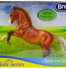 Breyer Silver Bay Mustang 947