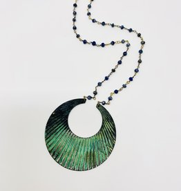 Ornamental Things Rippled Circle necklace