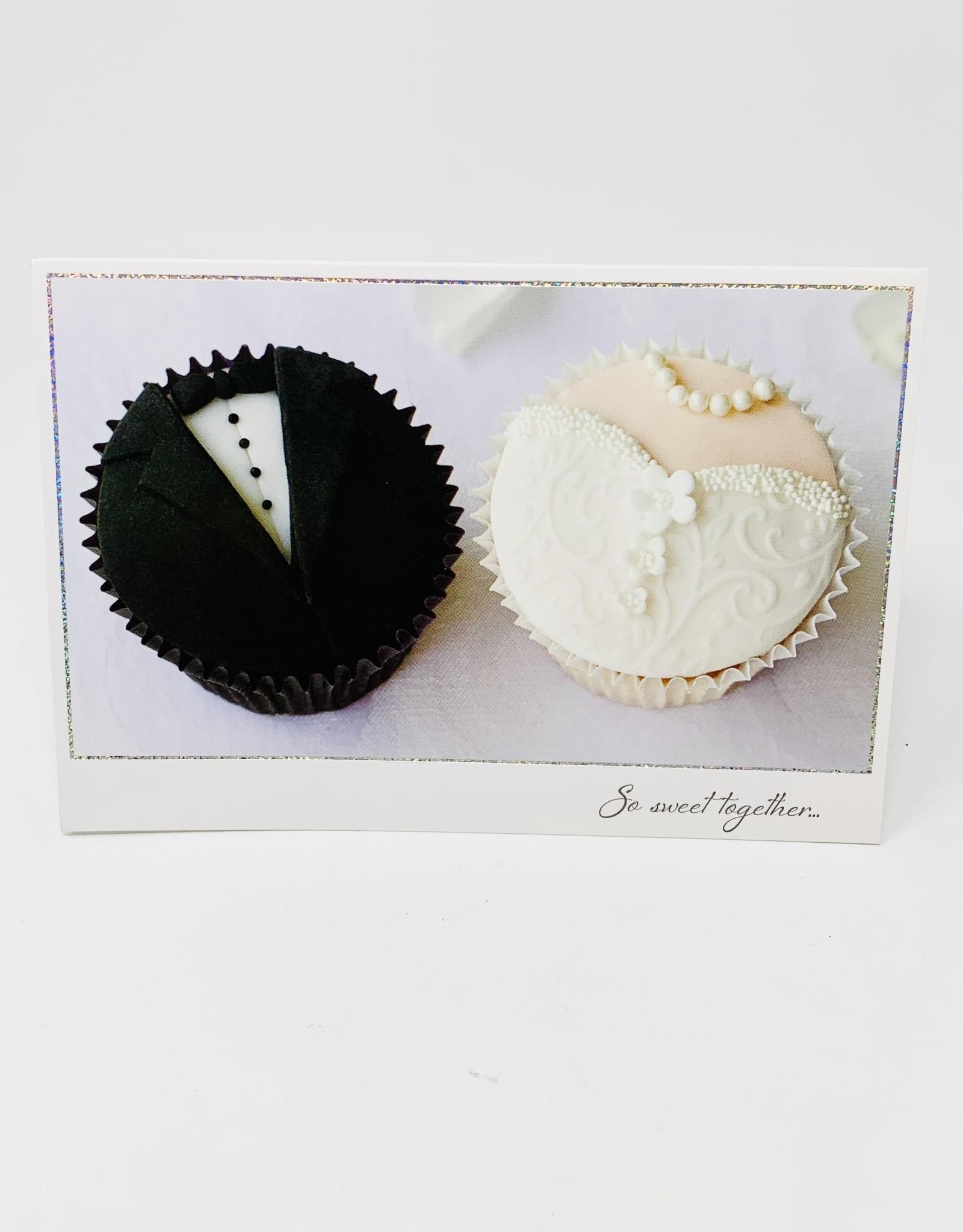 Pictura Bride/Groom Cupcakes