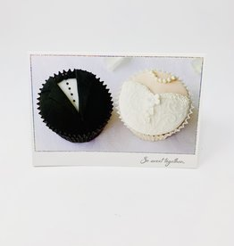 Pictura Bride/Groom Cupcakes