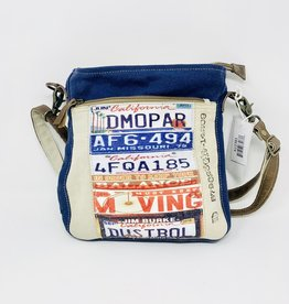 Chloe & Lex License Hipster Bag