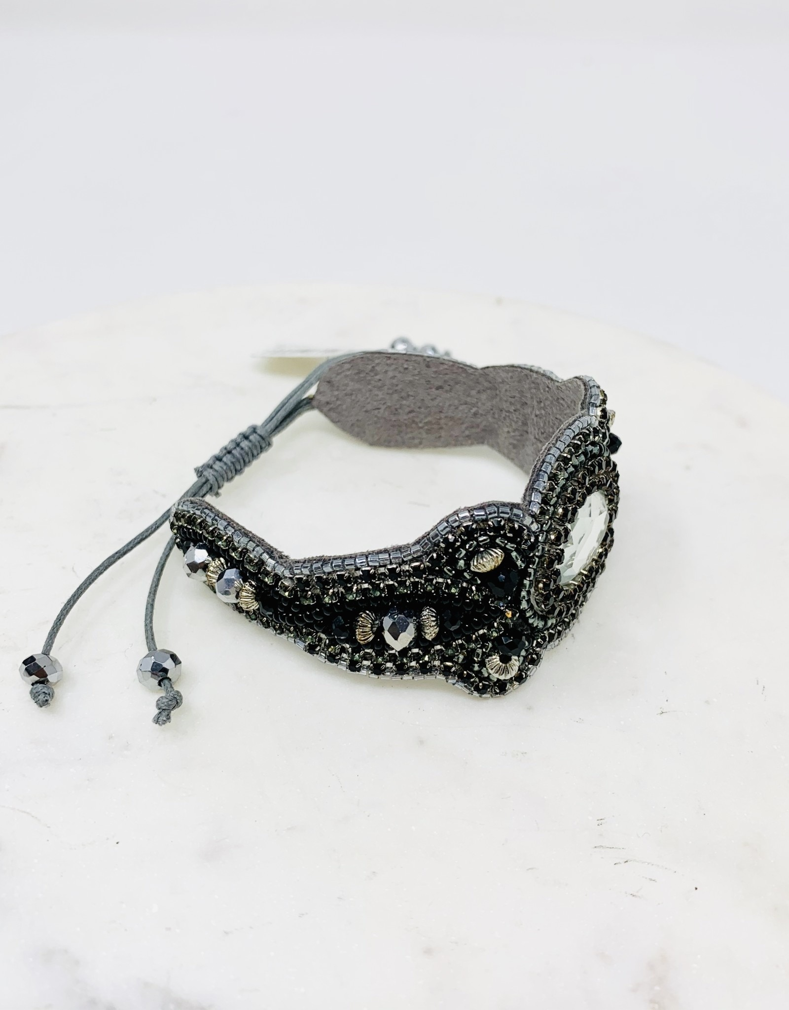 Pink House LG Jeweled Bracelet Black