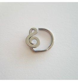 Flattened Treble Clef Daith Ring in Niobium