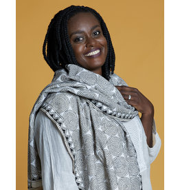 SHE Saumya Scarf Eternity Black and White