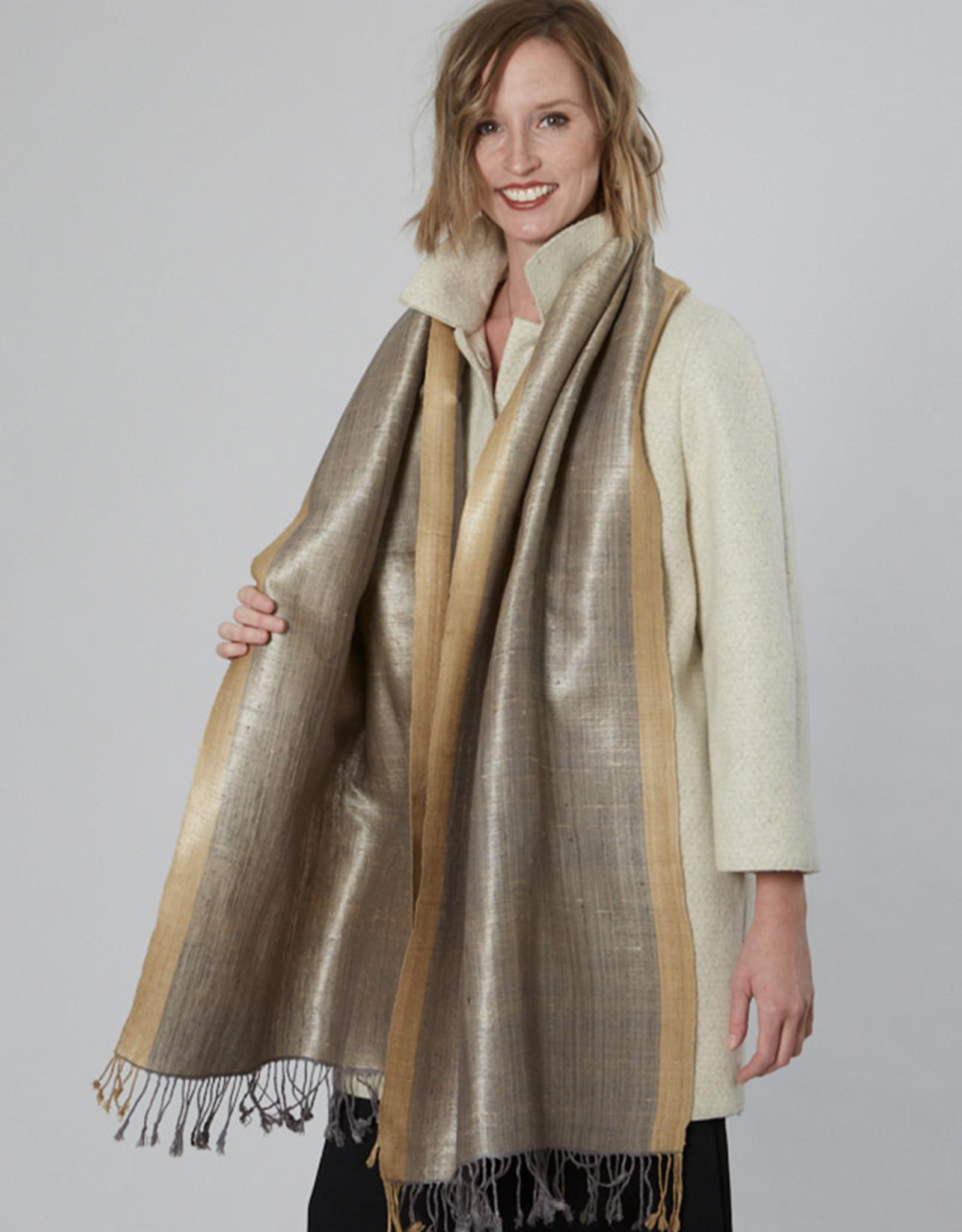 Avani Shauka Scarf Silver & Gold
