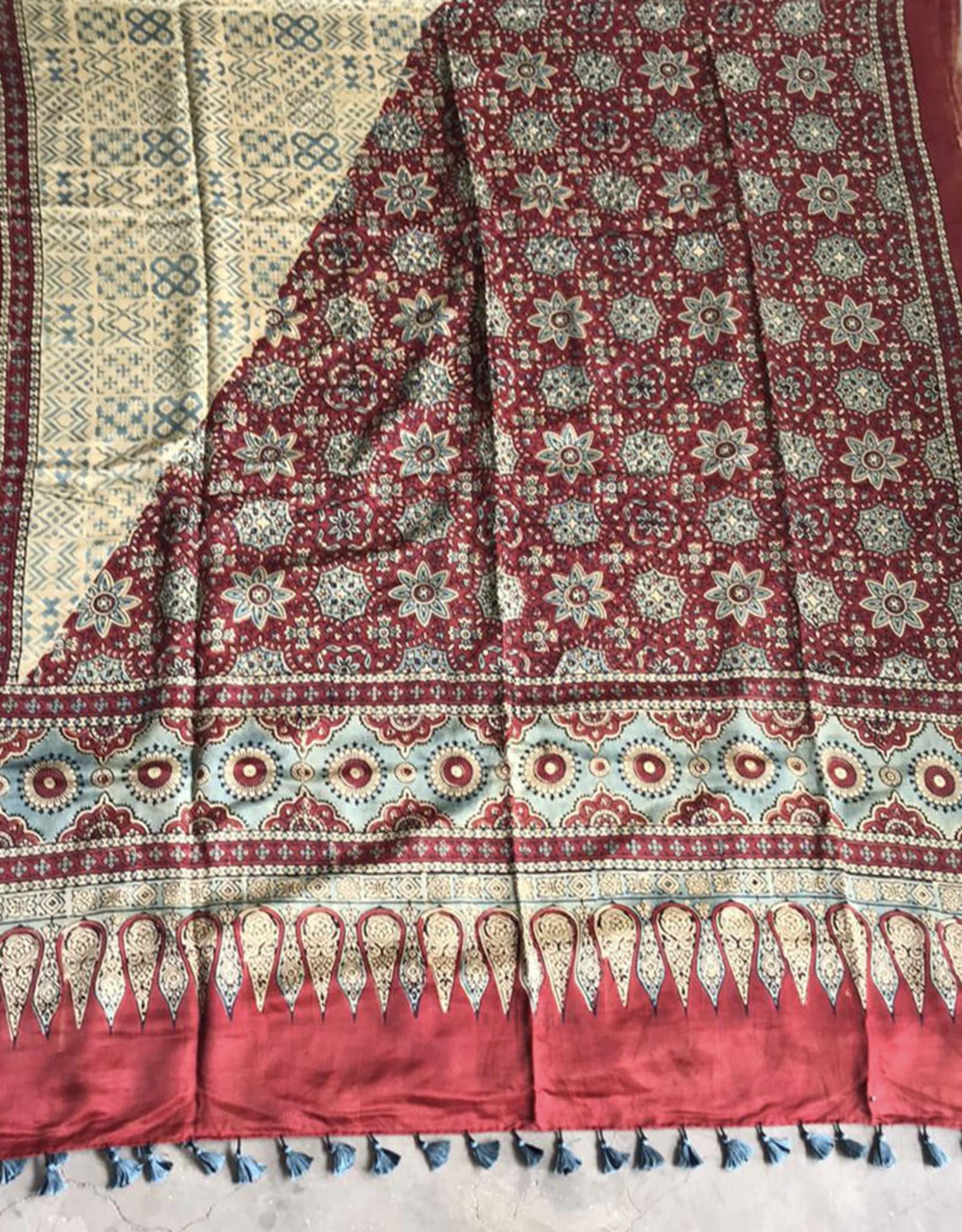Sufiyan Fahsha Shawl Cream and Crimson
