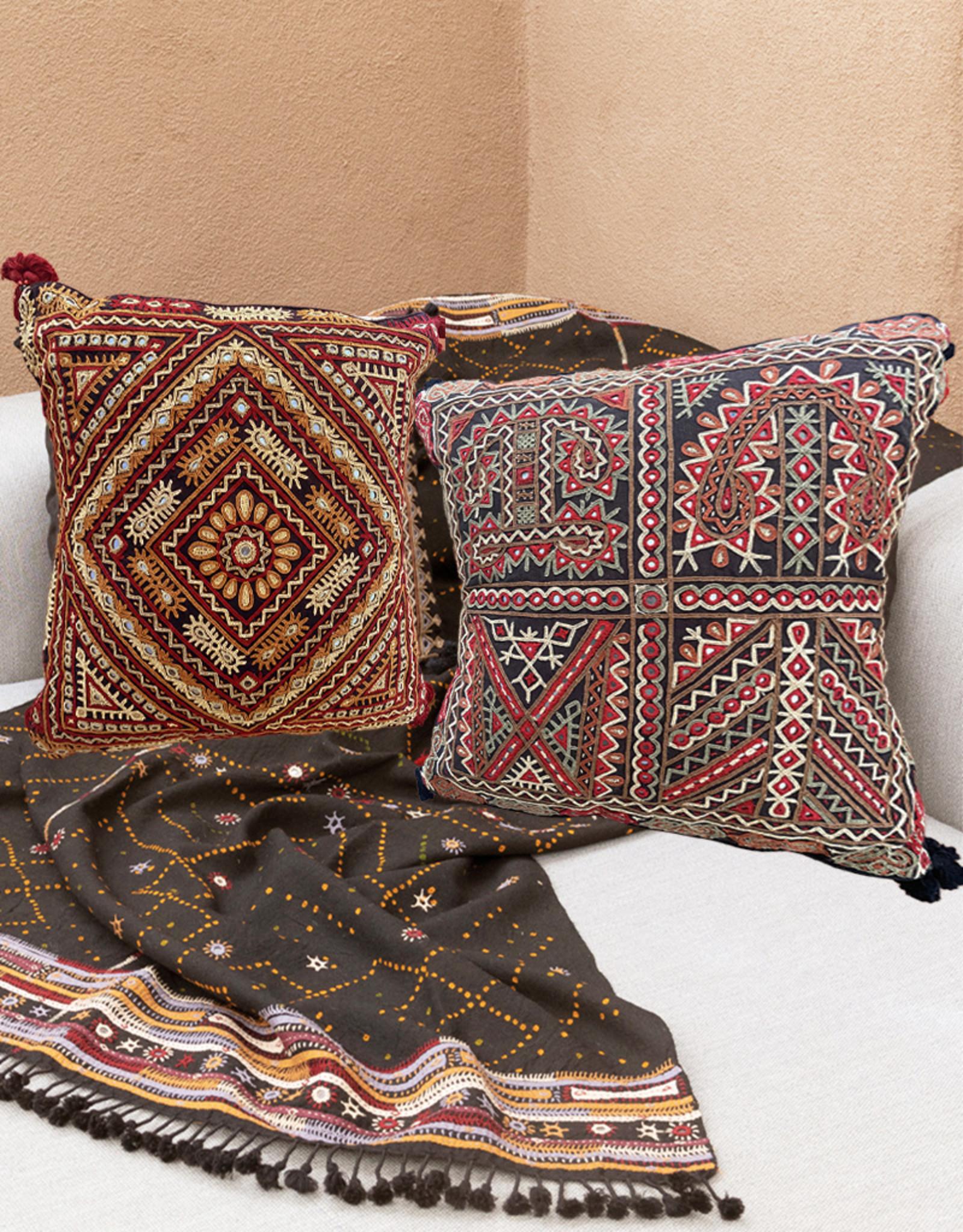 Qasab Shisha Pillow Red Grey