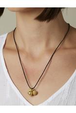 Kokku Tris Pendant Necklace