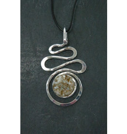 The Artist Jay Oyster Bay Petite Squiggle Pendant