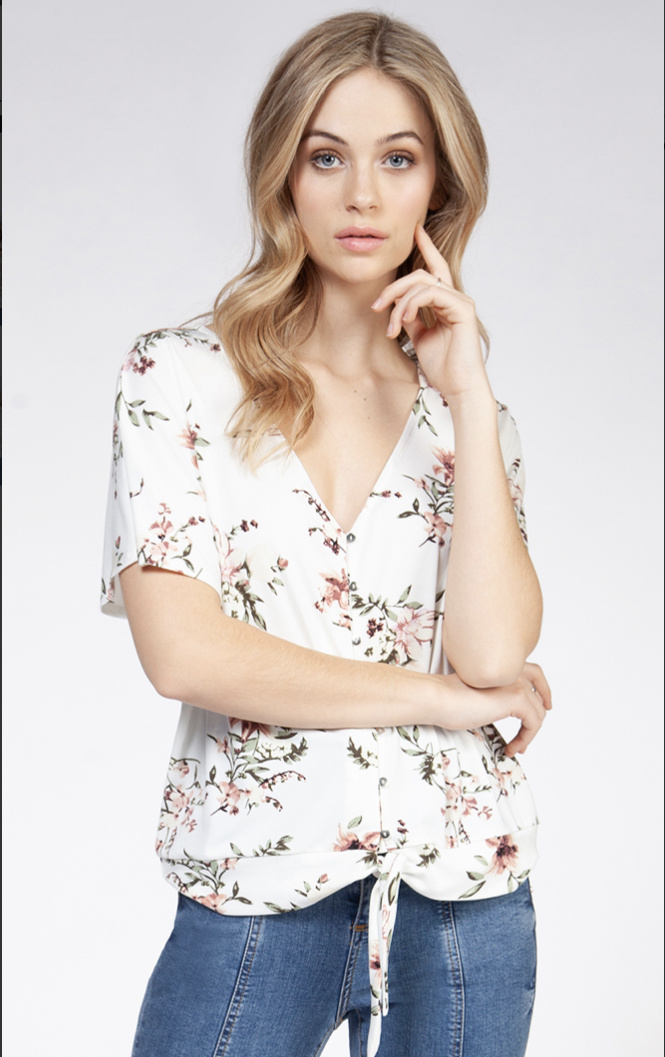 Dex Dex Knotted Top