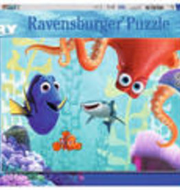 Ravensburger Finding Dory 100 pc Glow-in-the-Dark Puzzle