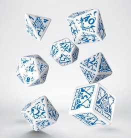Q-Workshop Reign of Winter Poly 7 Dice Set