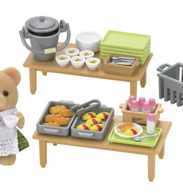 Calico Critters: School Lunch Set
