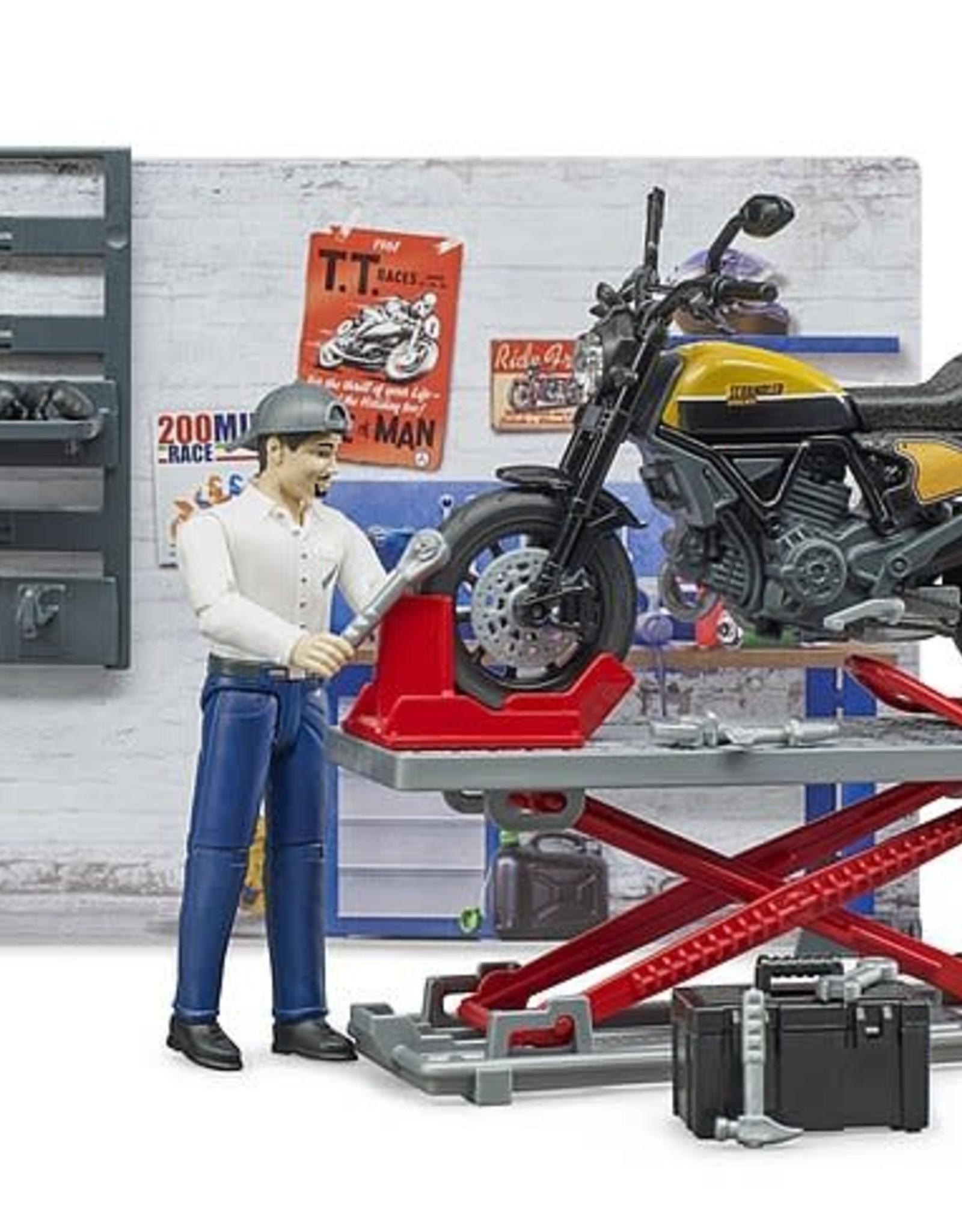 Bruder BWorld Motorcycle Service Set