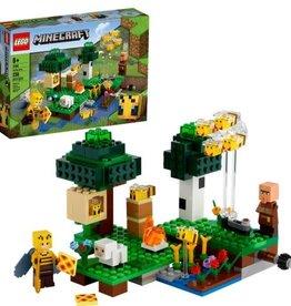 LEGO LEGO Minecraft The Bee Farm