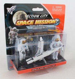 Realtoy Space Shuttle And Astronaut Figure Pack