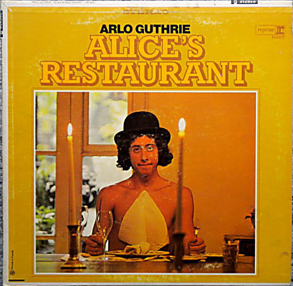 Folk/Country Arlo Guthrie - Alice's Restaurant (1967 CA Steamboat Label) (G+, some surface noise on A-side)
