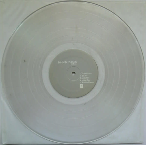 Rock/Pop Beach Fossils - S/T (2010 Clear Vinyl Reissue, Silk-screened + Numbered) (VG+)
