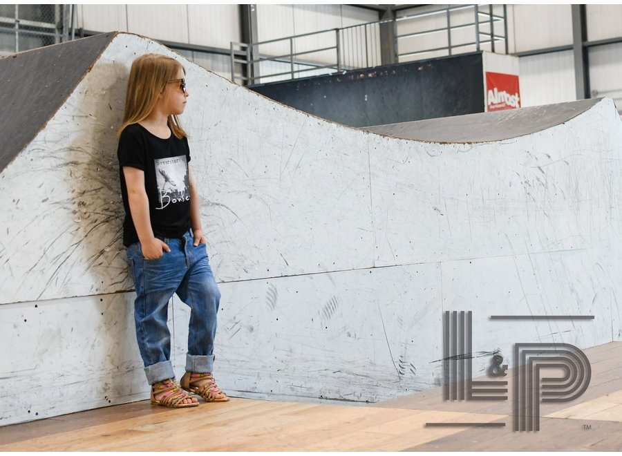 Skateboard pants