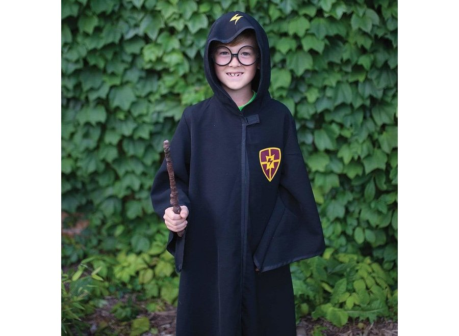 Wizard cloak with glasses