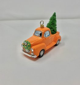 CT Vintage Truck with Tree