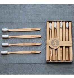 Izola Guests Toothbrush Set
