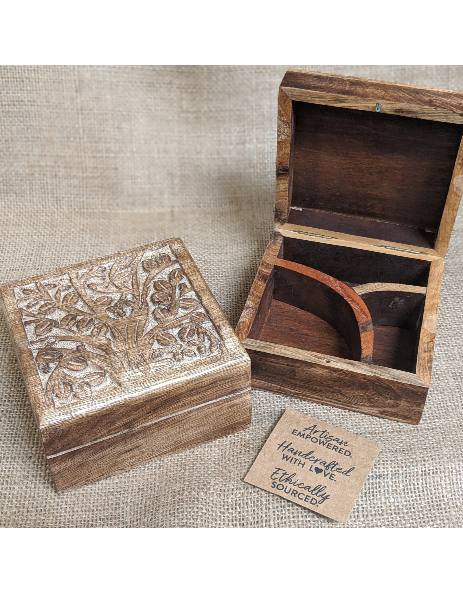 Matr Boomie Aranyani Compartment Box