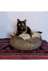 Hamro Village Lotus Cat Cave, Grey