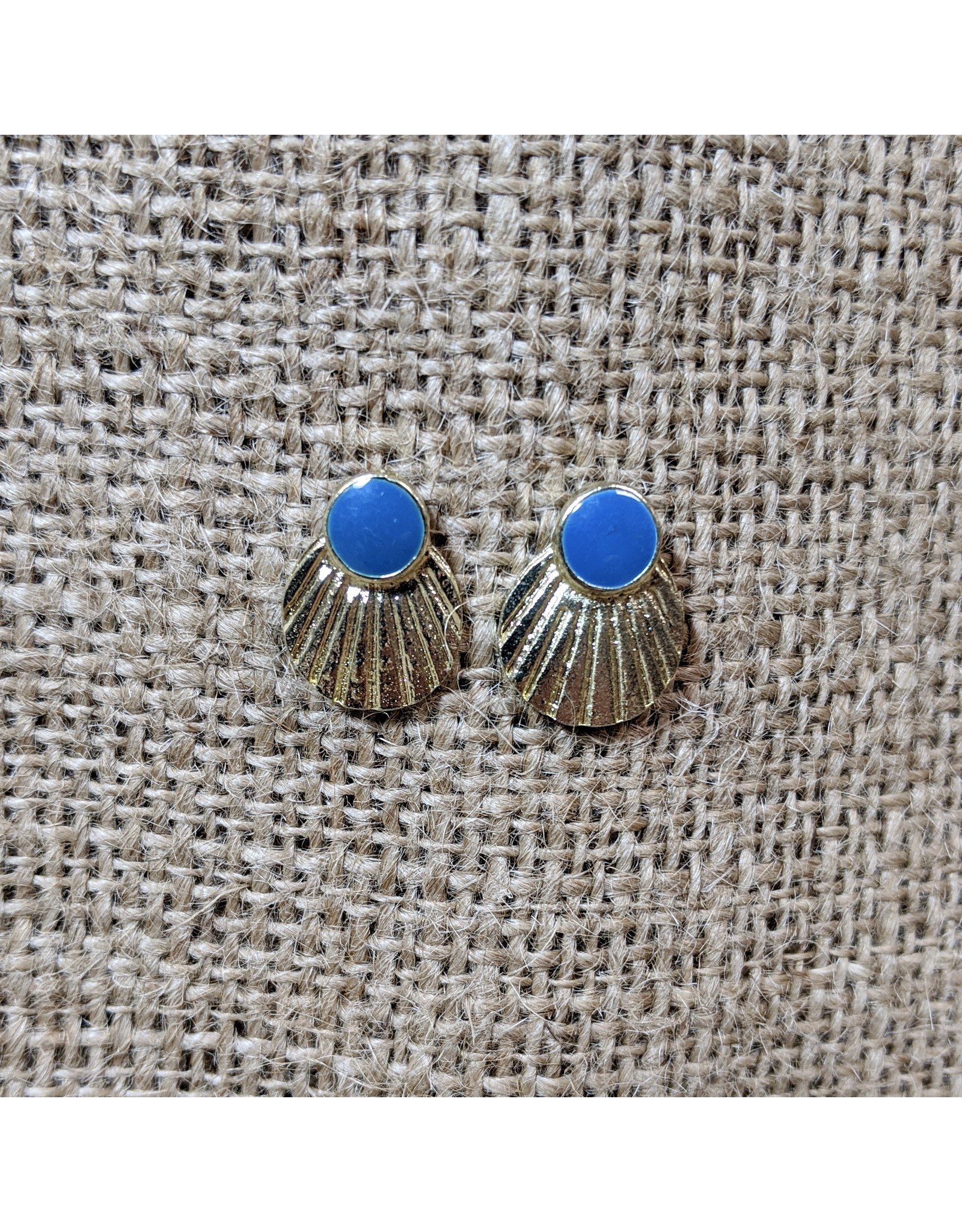Earrings Scallop studs, India