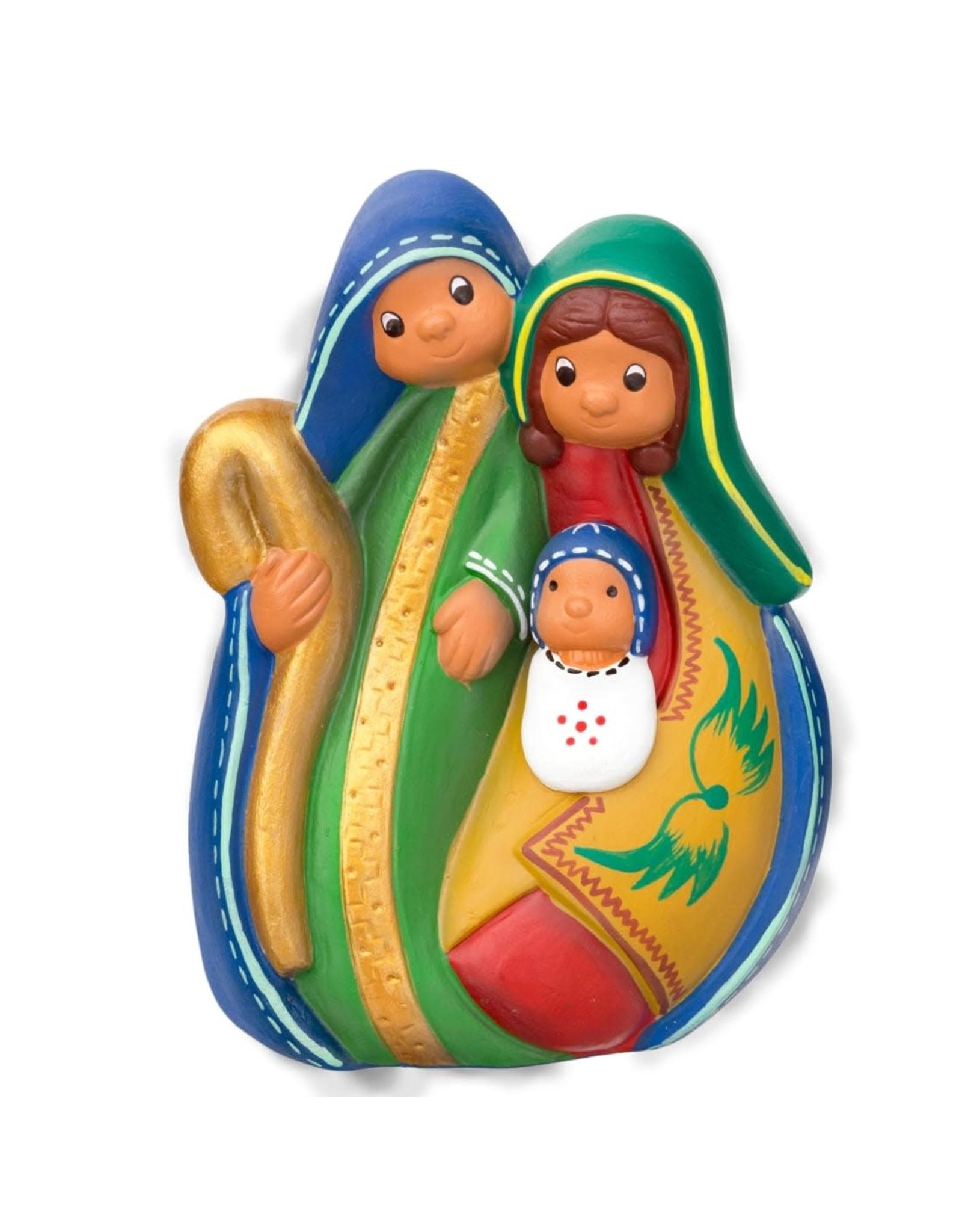 Lucuma Joyful Family Nativity