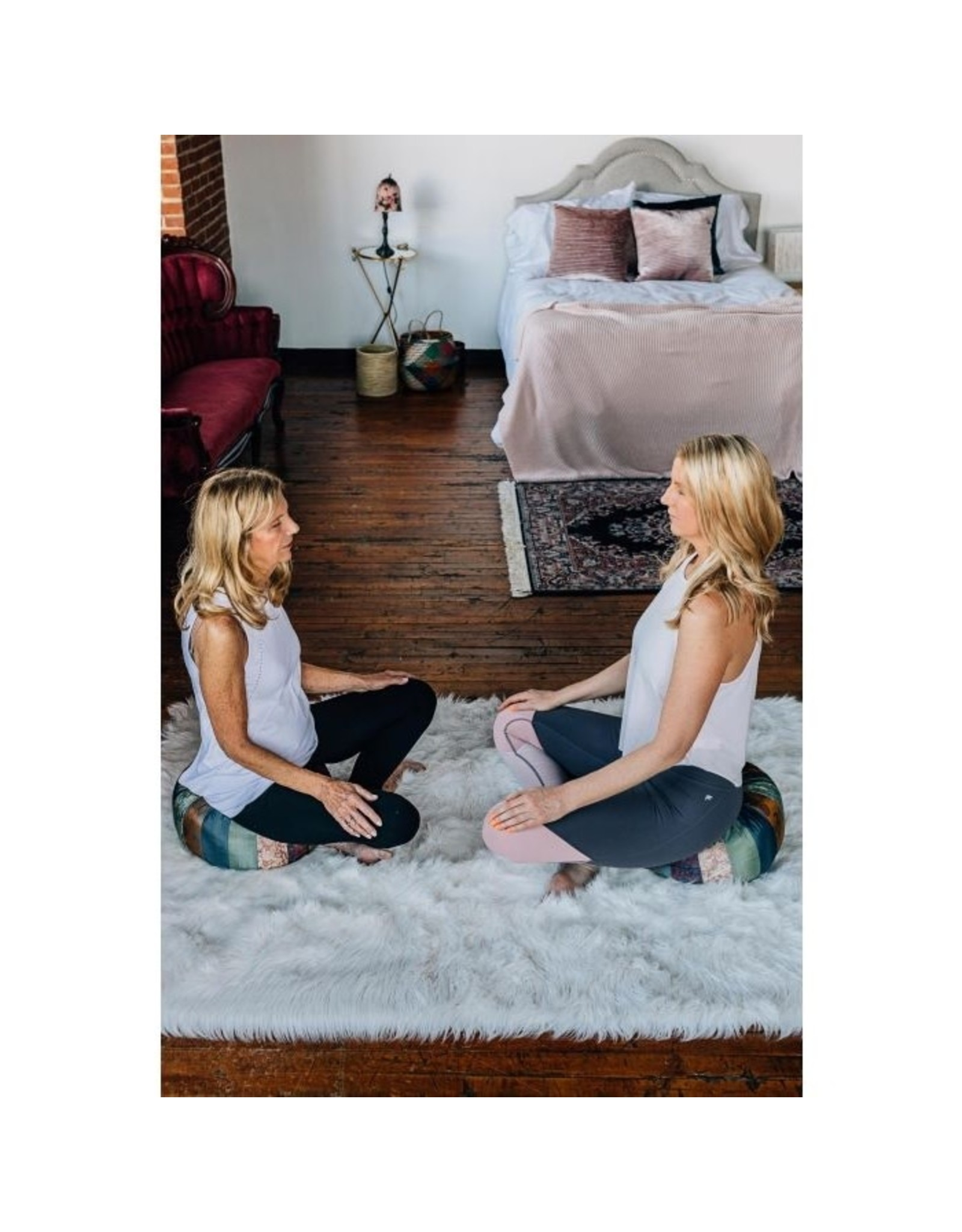 TTV USA Mindful Yoga Pillow, Vietnam