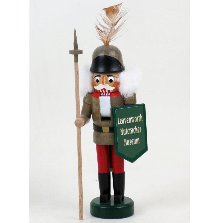 071/117 Mini Nutcracker with Shield - Museum