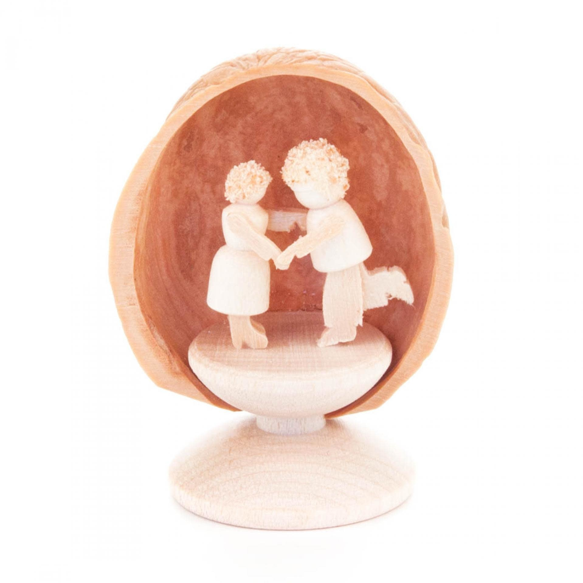 199/431S   Walnut shell with dancing couple