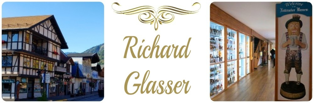 Richard Glasser Nutcrackers