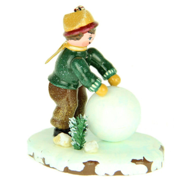 110h1006 Winter Children - Boy with Snowball