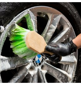 Chemical Guys ACC_G08 Tire/Wheel Brush- Heavy Cleaning With Gentle Feathered Bristles Short Handle Green Bristles