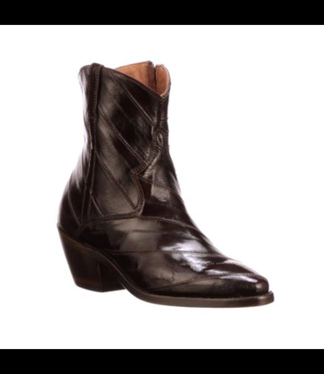 Avie, Eel Side Zip Boot