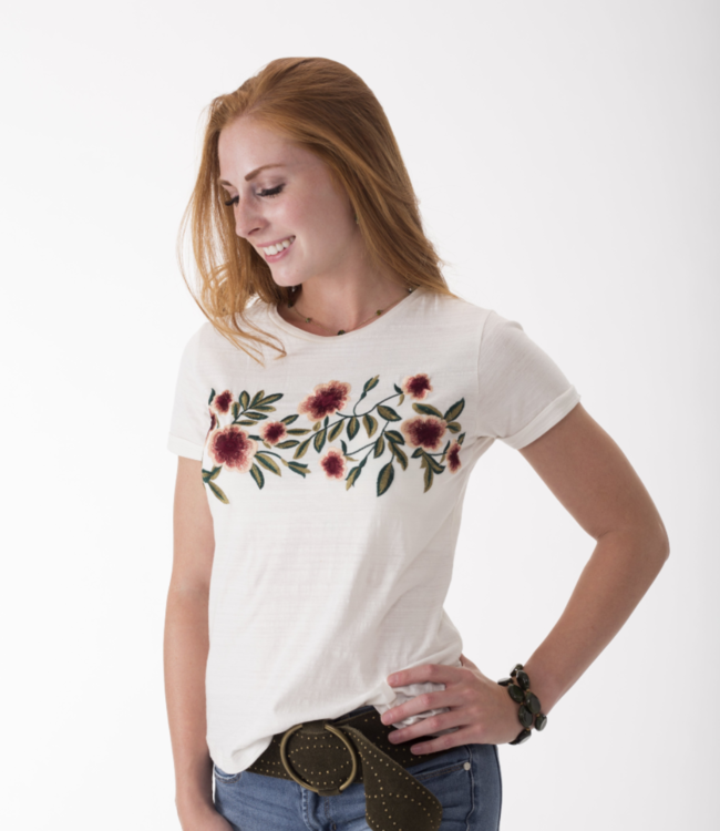 Montana Clothing Co Boutique Floral Embroidered Tee