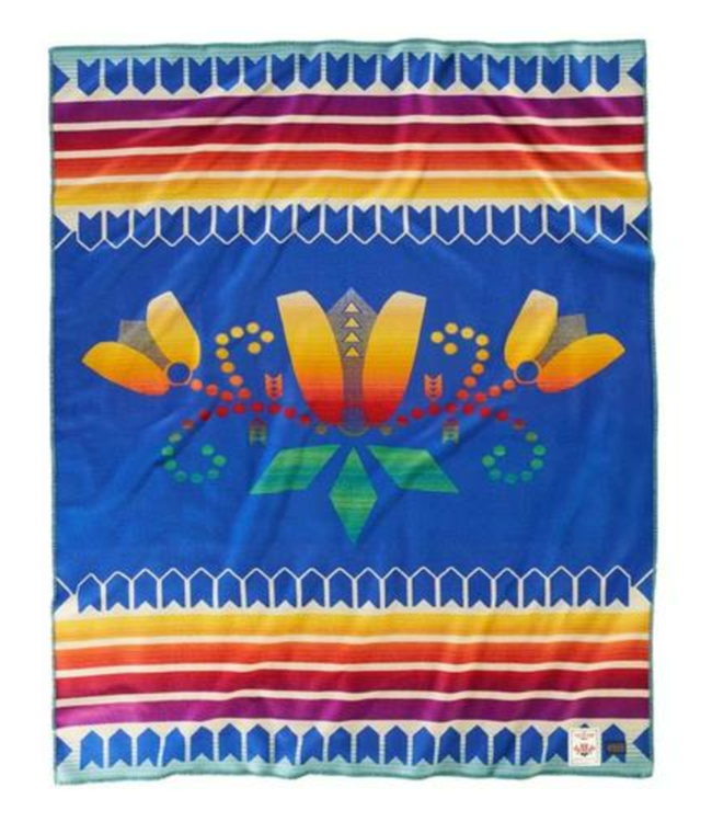 Pendleton Courage To Bloom AICF Blanket: Robe